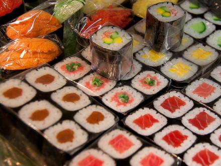   Display food   суши, роллы, сашими