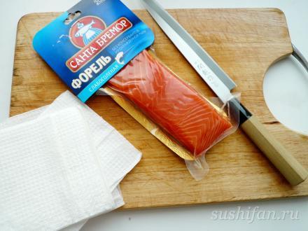 200 грамм слабосоленной форели | суши, роллы, сашими