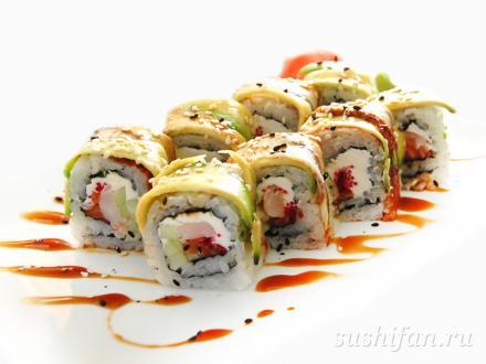 Урамаки с угрем и авокадо | суши, роллы, сашими