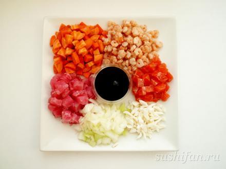 ингредиенты для жареного риса | суши, роллы, сашими