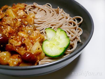 Гречневая лапша (соба) со свининой и грибами | суши, роллы, сашими