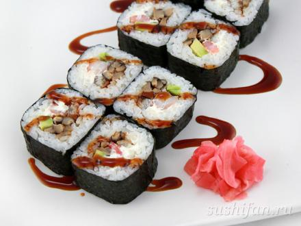 Футомаки с шиитаке, угрем и креветками | суши, роллы, сашими