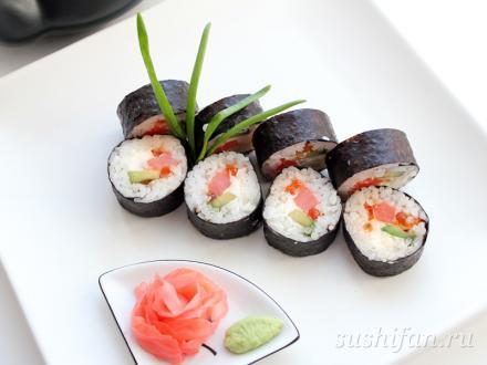 Вкусные футомаки с красной икрой | суши, роллы, сашими