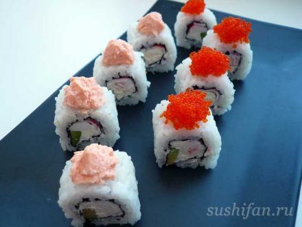 Ролл с авокадо, крабовыми палочками и сыром | суши, роллы, сашими