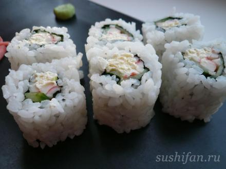 Роллы с крабом, сыром и огурцом | суши, роллы, сашими