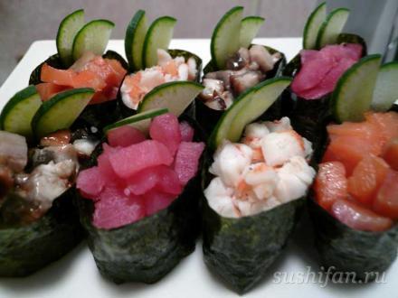 гунканы с различными начинками | суши, роллы, сашими