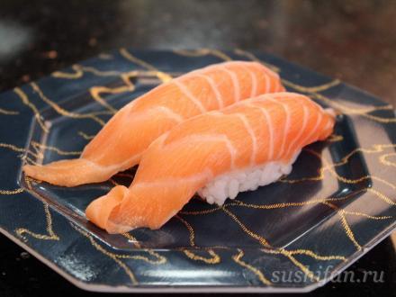 Ооторо самон; лосось, брюшная часть, кажется... | суши, роллы, сашими