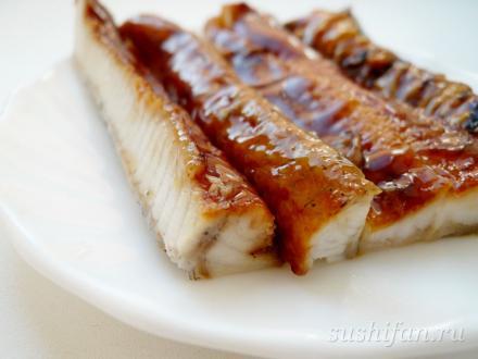 угорь | суши, роллы, сашими