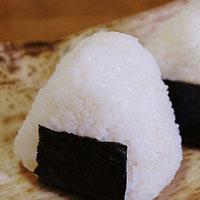 Онигири (рисовые колобки)